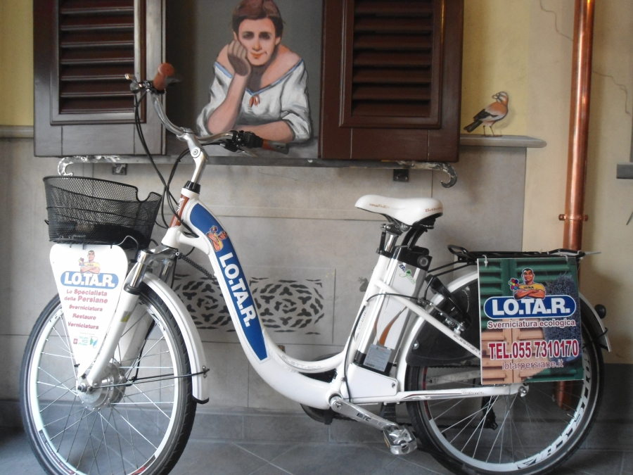 bicicletta elettrica lotar restauro persiane